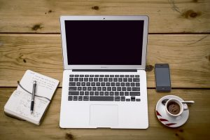 How to Become a Freelance Writer and Land Online Writing Jobs