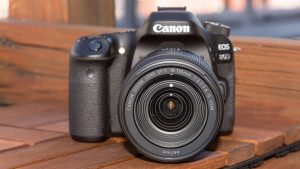 Canon EOS 80D Price in India and Review 2020