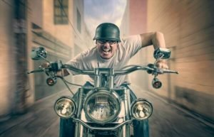 6 Best Noise-Canceling Bluetooth Earbuds for Motorcycle Riders