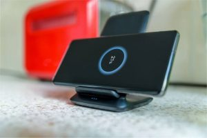 Samsung Wireless Charger Blinking Yellow, Blue, Red, Green Light Codes – Causes and Fixes
