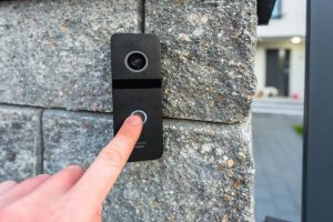 Ring Doorbell Not Connecting to Wi-Fi or Keeps Going Offline? Best Fixes