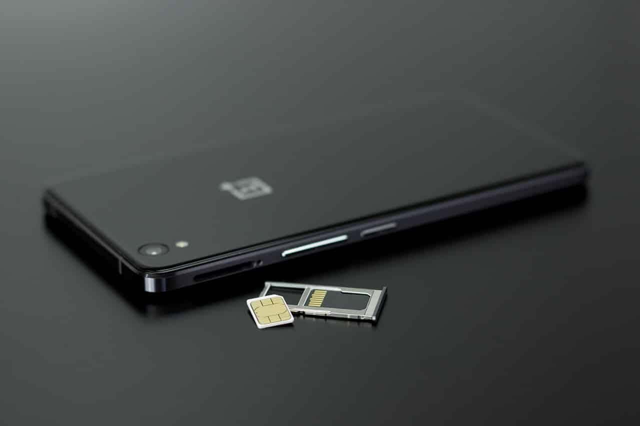 What Does SIM Failure Mean? Some Bad SIM Card Symptoms