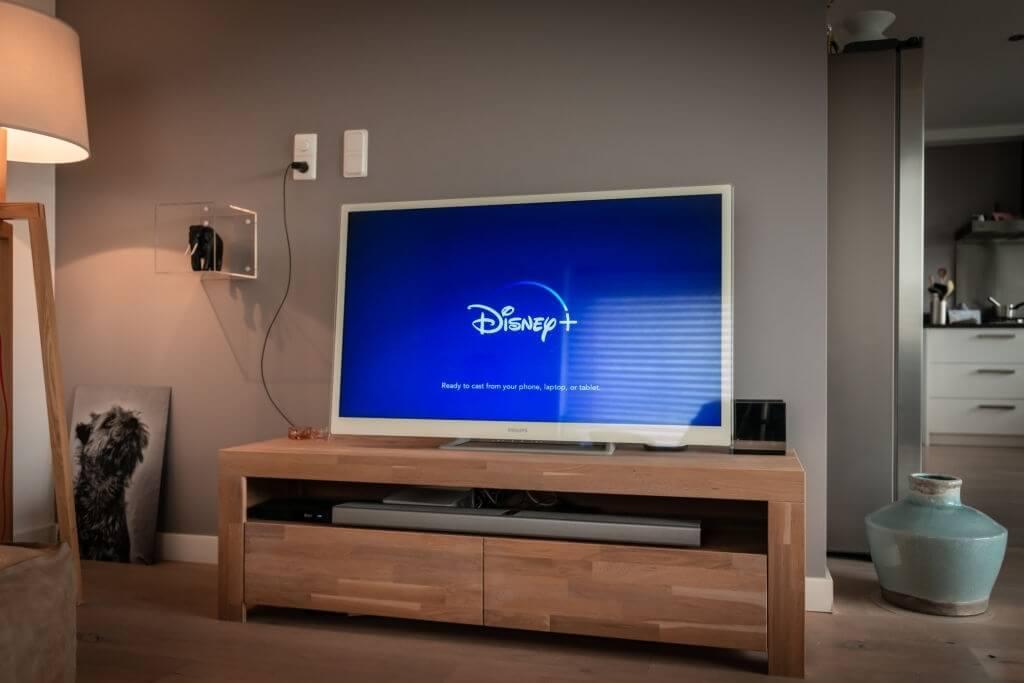 Disney plus not working on Samsung Smart TV, Fire Stick & Roku? Best fixes