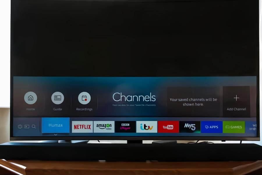Do Smart TVs Have Bluetooth for Headphones and Speakers? [Vizio, LG, Samsung & Sony]